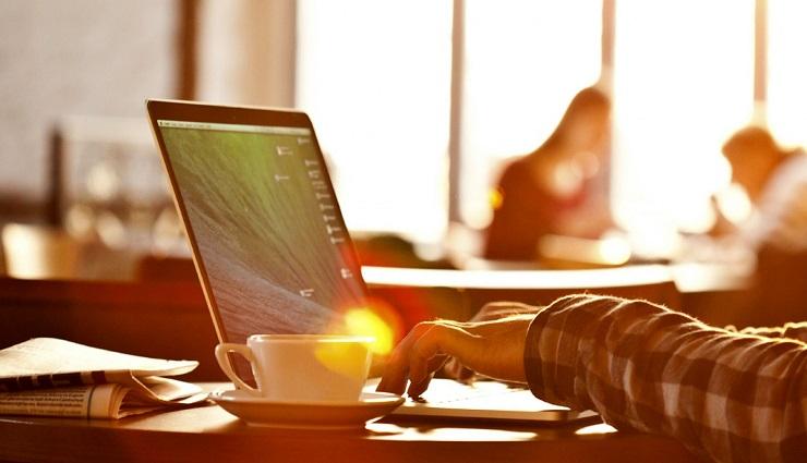 آموزش آنلاین چیست؟ مزایا، معایب و پیشنیازهای یادگیری مجازی